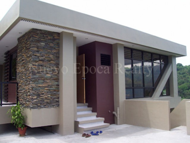 Real estate cagayan de oro city philippines cdo property for Modern glass house for sale