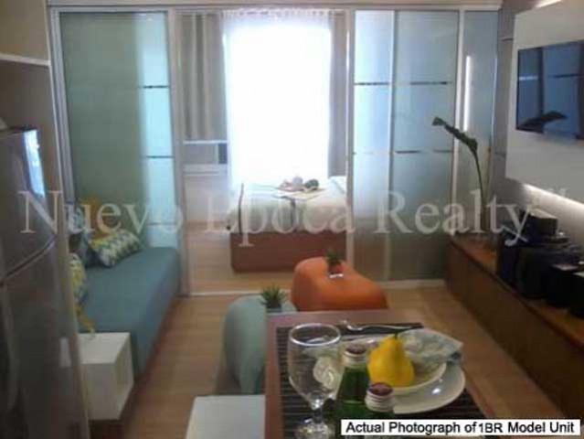 1 bedroom receiving room