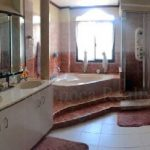 Master bedroom's toilet & bath