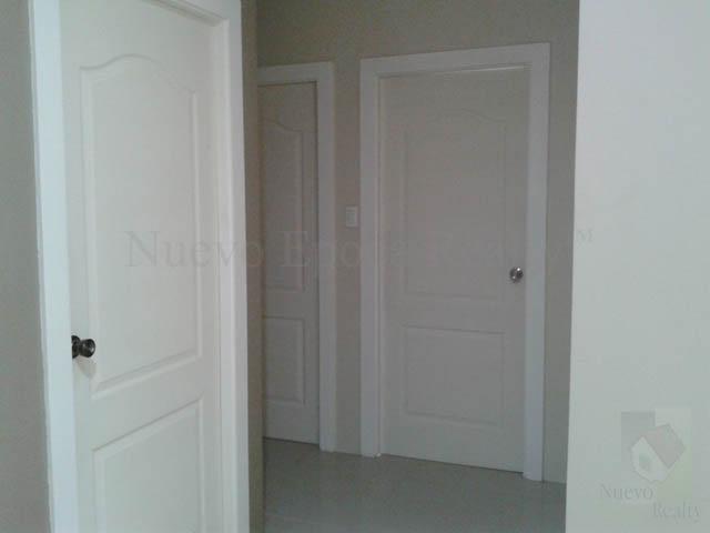 Doors of the 3 bedrooms